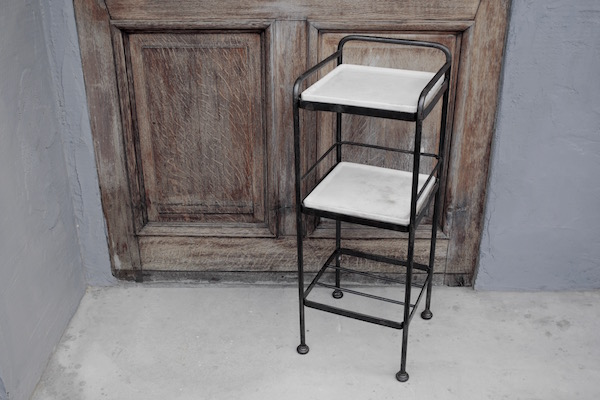 medical shelf1